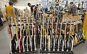 Fender Aims to Stay Plugged In Amid Changing Music Trends - NYTimes.com